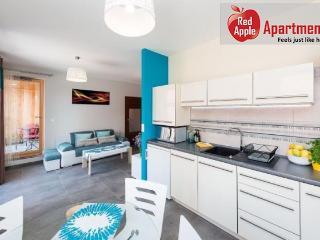 Modern 1 Bedroom Apartment - Krakow vacation rentals