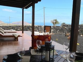 Holiday Cottage Finca Aloe * Quiet & Sea views - Lanzarote vacation rentals