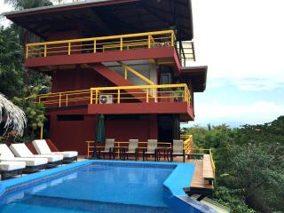 DRAMATIC PACIFIC VIEWS. HUGE ESTATE. BE A LOCAL! - Puntarenas vacation rentals