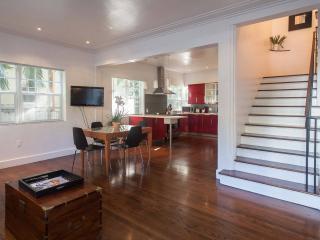 Luxury 2 bdrm plus Den Blks to the beach - Los Angeles vacation rentals