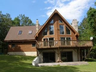 Pocono Chalet - All Seasons With Incredible Views - Poconos vacation rentals
