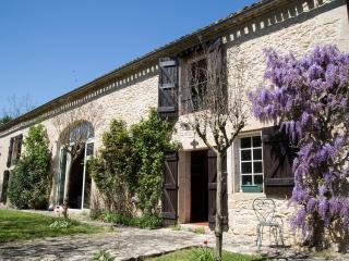 Chambres d'hôtes LES BARDES - Landerrouet-Sur-Segur vacation rentals