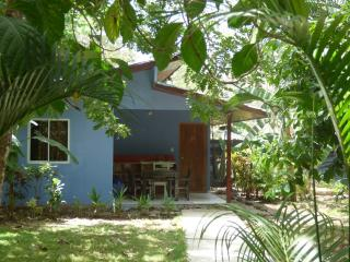 Rotem's cabina Just a few steps from the beach - Santa Teresa vacation rentals