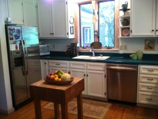 Lovely Country Home: Montpelier, Wine & Woodberry - Virginia vacation rentals