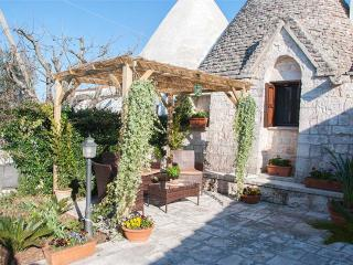 Trullo di Sabina on Monopoli hills - Monopoli vacation rentals