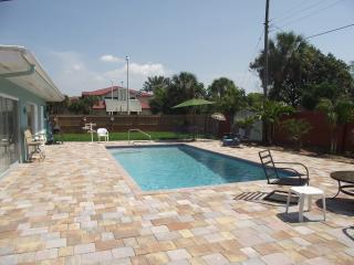 Gorgeous 2 Bedroom Apartment with Private Pool - Florida North Central Gulf Coast vacation rentals