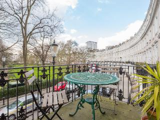 Royal Crescent (an Ivy Lettings home) - London vacation rentals