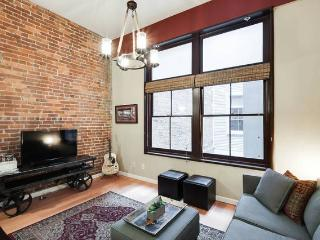Modern Condo In The Middle of Downtown Nashville! - Tennessee vacation rentals