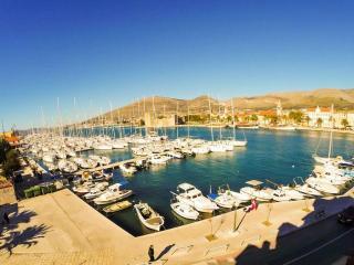 Apartment Lily - Trogir vacation rentals