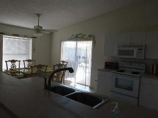 Desirable Crystal Beach Retreat!!!! Only steps to the most beautiful beaches! - Destin vacation rentals