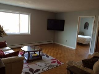 Spacious 2 Bedroom apartment Downtown Kingston - Ontario vacation rentals