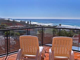 Unit 7, Bronte of Coolum, Coolum Beach, $500 BOND - Coolum Beach vacation rentals
