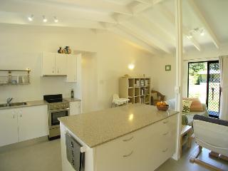 18 Cupania Street Mudjimba, $300 BOND - Maleny vacation rentals