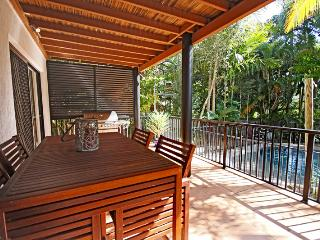 8 Springfield Avenue, Coolum Beach - Pet Friendly, $500 BOND - Coolum Beach vacation rentals