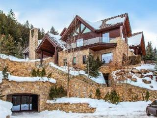 Epic Aspen Estate offers Ski-in/Ski out, Pool, Private Spa & Great Location - Aspen vacation rentals