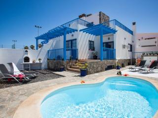 Villa Jandía – family villa with heated pool - Corralejo vacation rentals