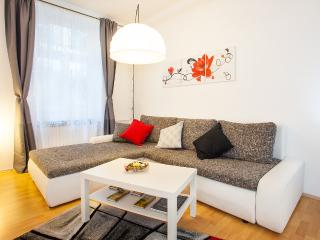 Apartment MaTea in heart of Zagreb - Zagreb vacation rentals