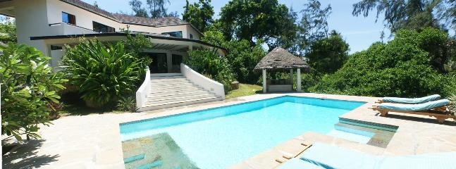 The Beachcomber - Popular 4-Bedroom Beach House - Image 1 - Watamu - rentals