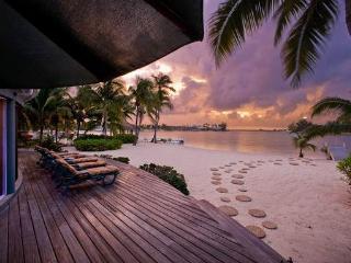 2BR-Sea Cove - Cayman Islands vacation rentals