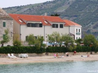 Apartments Jerko Primosten, beachfront, seaview - Primosten vacation rentals