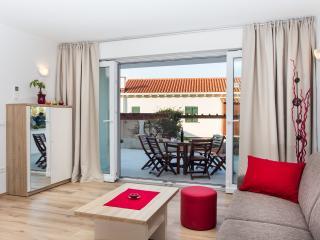 Hedera A53 - Dubrovnik vacation rentals