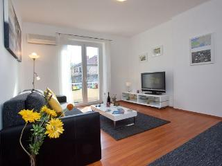 Apartment Lira - Split vacation rentals