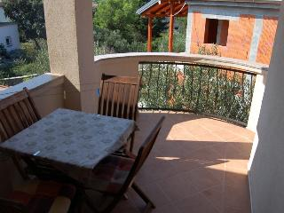 Apartment Sovlia Bay 2 for 3 with air conditioning - Tribunj vacation rentals