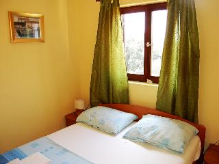Apartment Sovlia Bay 1 for 4 with air conditioning - Tribunj vacation rentals
