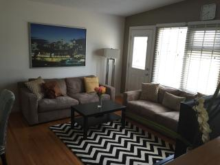 Fabulous 4BR Minutes from Downtown! - Calgary vacation rentals