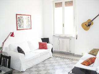 AleSuite Apartment - Lucca vacation rentals