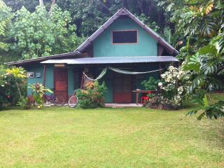 Franky's Huahine Fare - Fare vacation rentals