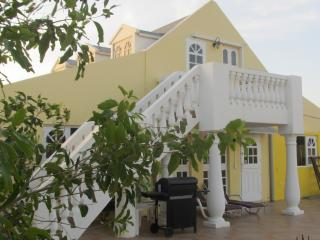 Studio Apartment With A View in Palm Beach - Noord vacation rentals