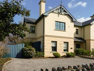 ORLAN, quality cottage close to coast and amenities, garden, en-suites, Kenmare Ref 921723 - Cork vacation rentals