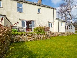 STAG COTTAGE, sandstone fronted, woodburning stove, off road parking, garden, near Penrudduck, Ref 923458 - Penrith vacation rentals