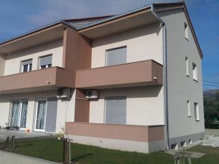 36196 A(2+2) - Kastel Stafilic - Kastel Stafilic vacation rentals
