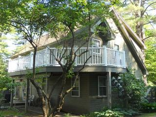 Court House Cottage at Oliver Lodge on Lake Winnipesaukee (1COURT) - Meredith vacation rentals