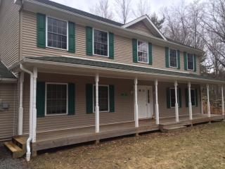 very spacious two story sleeps sleeps 30 - Blakeslee vacation rentals