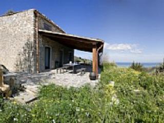 Villino Gardenia C - Campofelice di Roccella vacation rentals