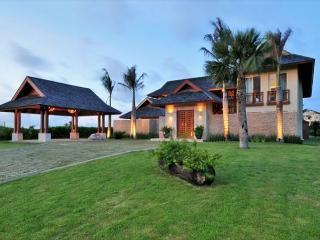 Gorgeous two stories 4 bedroom villa in the heart of cap cana - Punta Cana vacation rentals