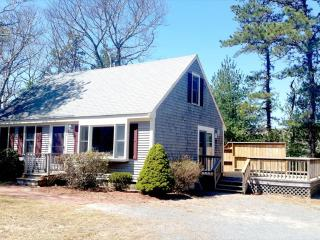 SUMMER WEEKS LEFT! HURRY! 125809 - Osterville vacation rentals