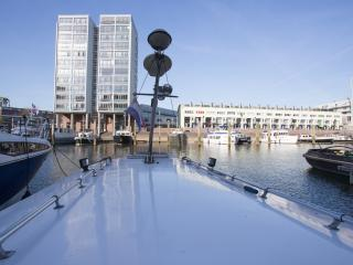 VISIT ROTTERDAM  ON A BOAT,FREE WIFI - Rotterdam vacation rentals