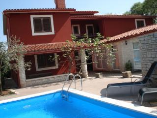 TH00447 Apartments Percan / Three bedrooms Istra A6 - Pavicini vacation rentals