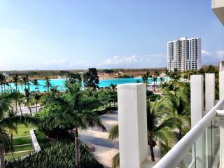 Modern beach condo on Panama Pacific Coast - Farallon vacation rentals