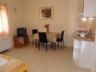 Villa Marica - Studio apartment - Primosten vacation rentals
