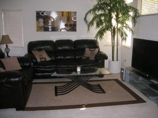 SUPER LOW RATES, 3 bd HOME NEAR STRIP - Las Vegas vacation rentals