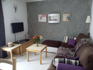 2 bedroom holiday apt in Fréjus, French Riviera - frejus vacation rentals