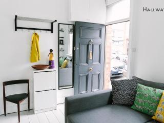 Terraced Artisan Dwelling -Sleeps 6/7-City 10 Min - County Dublin vacation rentals