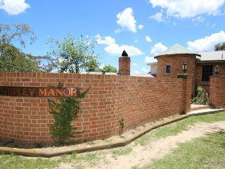 Shipley Manor - Downstairs only - Blue Mountains vacation rentals