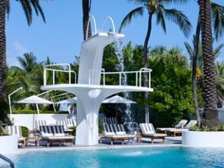 """THE WAVES"""" JR 1 BEDROOM @ THE SHELBORNE - Miami Beach vacation rentals"