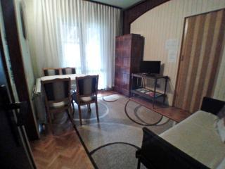 Cozy Apartment for Four - WiFi Beach City - Porec vacation rentals